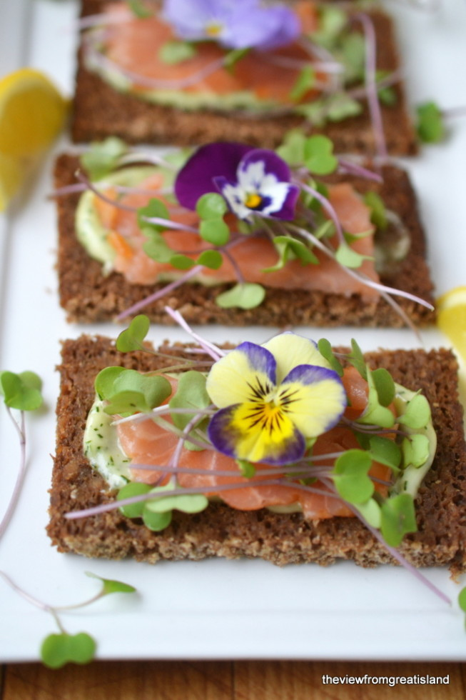 Pretty Salmon Sandwiches with Edible Flowers